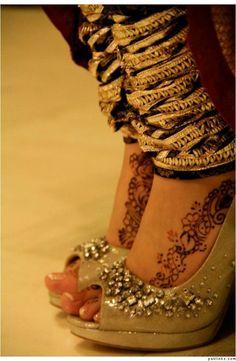 shoes and chooridar indian bridal shoes wedding bride dulhan desi groom www. Bridal Heels, Wedding Heels, Indian Dresses, Indian Outfits, Indian Clothes, Foot Henna, Desi Wedding, Wedding Bride, Flower Shoes