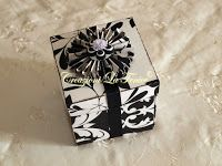 Creazioni La Fenice: Box explosion Quilling, Gift Wrapping, Box, Gifts, Bedspreads, Gift Wrapping Paper, Presents, Boxes, Gifs