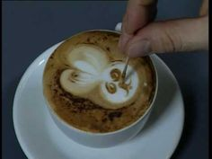 Caffè Attibassi: training video for professional baristas - Milk frothing and latte art: type of milk, milk jug to use, frothing the milk, latte art practical rules, pen nib use for latte art, topping use for latte art