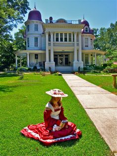 The Allen House in Monticello, Arkansas was built in 1906 for Joe Lee Allen, his wife, Caddye, and their children, Ladell, Lonnie Lee and Lewie. The house is now private property and it belongs to Mark and Rebecca Spencer.  The Spencers offer historical guided tours, including ghost tours at Halloween.