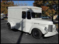 1948 International Panel Van Whiskey Runnner  383 CI, 5-Speed