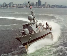 Went out on the USS Taurus (PHM-3) in Key West for sea trials.  Hold on for the EMERGENCY stops or you could break a nose!