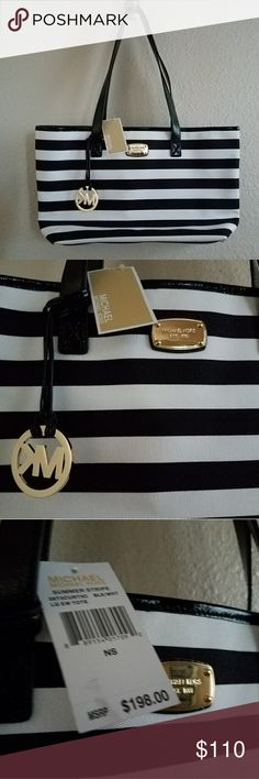 "NWT MK Striped Tote💖 ♡NWT! Black/white stripe Michael Kors Tote (color in pics exact) ♡17""L × 10""H, satin inside with cloth exterior ♡Patent black handles and gold emblem! Tons of pockets inside (pic 4) ♡Bought for $198+tax (pic 3) Feel free to ask any questions, price firm at $110 ♡FREE GIFT W/$15 PURCHASE :) Michael Kors Bags Shoulder Bags"