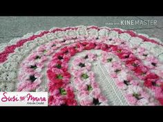 Crochet Designs, Crochet Patterns, Tapete Floral, Crochet Crowd, Crochet Table Runner, Weaving Patterns, Crochet Videos, Crochet Home, Crochet Scarves