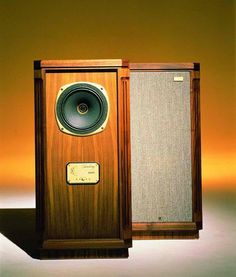 Vintage Audio Speakers Tannoy Turnberry SE And GR, A Classic On Display At  Stereo Passion International , Ottawa Part 98