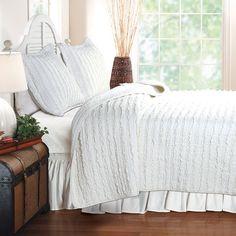 Ruffled Reversible Quilt Set, White