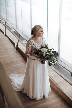 Tämä kaunotar @Pauliina Tähkäpään kuvassa. #lillianbride #bylillianwest Boutique, Wedding Dresses, Fashion, Bride Dresses, Moda, Bridal Gowns, Alon Livne Wedding Dresses, Fashion Styles, Wedding Gowns
