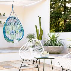 Tiny House gardens: Desert mod A chic low-water oasis complete with a hanging macramé chair, tiled outdoor shower, and dozens of potted cacti.