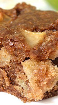 Apple Cake Recipe ~ easy and delish! Apple Cake Recipe ~ easy and delish! Desserts Keto, Apple Dessert Recipes, Easy Cake Recipes, Just Desserts, Delicious Desserts, Sweet Recipes, Healthy Apple Desserts, Apple Pudding Cake Recipe, Apple Recipes Easy