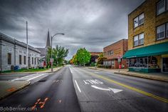 Some sights from #Downtown #Keene #newhampshire #fall #hdr #photography  https://twitter.com/bobbernier
