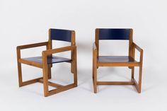 FAUTEUILS ANDRE SORNAY EN PIN LAQUE BLEU 1950 SET DE 2, available on https://www.galerie44.com/collection/nouveaut%C3%A9s-du-mois/fauteuils-andre-sornay-en-pin-laque-bleu-1950-set-de-2-details