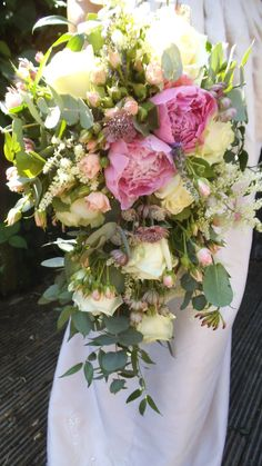rose and peony trailing bouquet