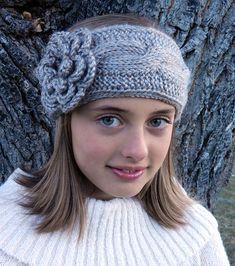 Cable Headband Earwarmer pattern by Kismet Crochet. Cabelo De CrochêTouca  ... 758c35c21a5