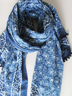 A collection of timeless hand-dyed indigo colour clothing, accessories and textiles for everyday wear. Uk Fashion, Ethical Fashion, The Beach People, Indigo Colour, Woven Scarves, Shibori, Summer Collection, Sustainable Fashion, Style Inspiration
