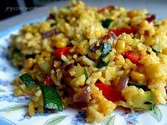 Ryż curry z chrupiącymi warzywami.