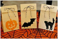Trick Or Treat Bags #Halloween #Bags