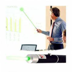 https://www.likeit.pt/gadgets/277-apontador-laser-verde-green-laser-pointer.html - O Apontador Laser Verde Green Laser Pointer é o utensílio perfeito para cativar a sua audiência durante apresentações. Em forma de caneta, este apontador inovador emite um laser verde para que possa apontar para palavras ou imagens em slides com facilidade e rapidez.