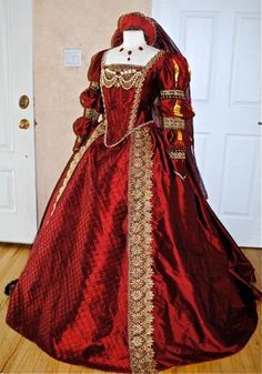Tudor replica gown