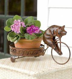 peddling-pig-cast-iron-plant-stand-design-2/