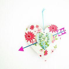 Knitting Needle Arrow, via Flickr.