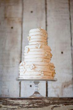 wedding cake  #rustic #woodland