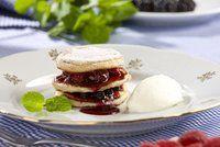 Hříšně sladký Valentýn Pancakes, Pizza, Breakfast, Food, Morning Coffee, Essen, Pancake, Meals, Yemek