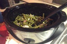 Crock Pot Green Beans & Bacon. Photo by Maseyluv