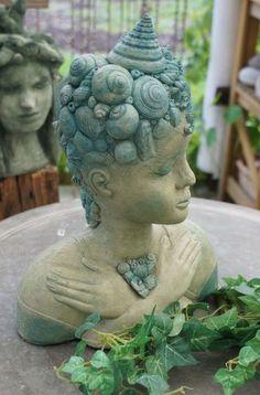 "Skulptur ""Meerjungfrau"", Nixe von Mandagora auf DaWanda.com Pottery Designs, Pottery Art, Ceramic Painting, Ceramic Art, Art Folder, Cement Crafts, Sculpture Clay, Art Techniques, Clay Art"
