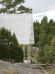 Arrhov Frick - Island house, Viggsö 2016. Sublime. Photos © Mikael Olsson.