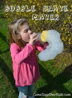 Bubble snakes DIY very cool craft to do with kids in the summer time. Perfect for a backyard or pool party.