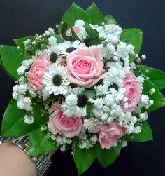 Morsiuskimppu - ruusu, krysanteemi, harsokukka