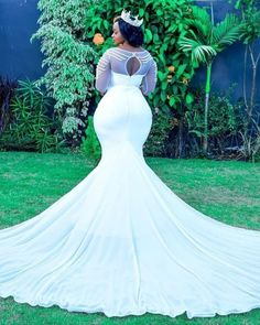 Y'all look at what God created to perfection. It's almost 1 year when snatched and bodied her… Plus Size Wedding Gowns, Dream Wedding Dresses, Bridal Dresses, Courthouse Wedding Dress, African Wedding Attire, Curvy Bride, Bridal And Formal, Marie, 1 Year