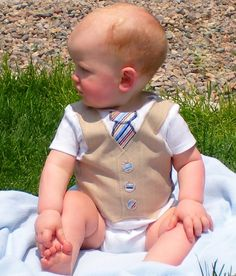 If I could sew, I'd totally make this for other people's baby boys.  So cute.  Couldn't you picture them in this at church?