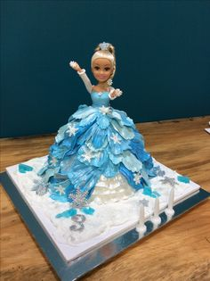 My frozen princess cake for our princess. Made with love from Yaya.