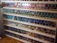 maybe this would help me organize Bead storage ideas Madam Raven's Designs: Bead Organization Bead Storage, Studio Organization, Craft Room Storage, Jewellery Storage, Storage Organization, Storage Ideas, Craft Rooms, Jewelry Organization, Space Crafts