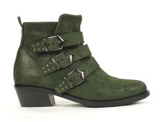 Green buckle boots van het merk Piedi Nudi, model 285204. €179.95 #trend #green #new #topshoenl