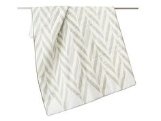 Blanket Linen with natural cotton batting Single Twin coverlet ZIGZAG grey and white by Lovely Home Idea.