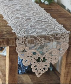 Handmade Wedding VTG Antique Handmade Table Doily Runner,Embroidery&Lace 25x180cm