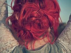 red messy hair