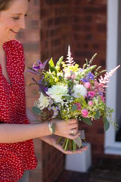 Google Image Result for http://floralfootsteps.com/wp-content/uploads/2012/09/english-country-garden-bouquet-5.jpg