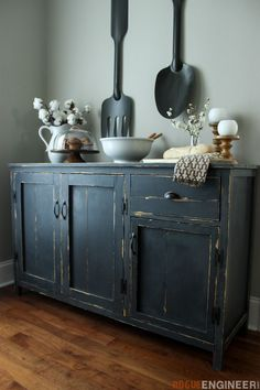 DIY Wood Working projects: Farmhouse Buffet { Free DIY Plans } Rogue Engineer...