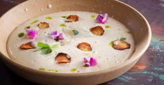 כעת מתחילה העונה האידיאלית לשימוש בארטישוק הירושלמי, אבל בעבור מי שאינו מחבב את הטעם הייחודי ניתן להחליף לכרובית. התוצאה תמיד תהיה מרק קרמי נהדר. מתכון של השף תומר ניב (מהטבח של רמה)