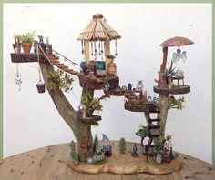 Fairy Garden // Fairy Tree House // custom by KimberlysDreamCraft Fairy Tree Houses, Fairy Garden Houses, Fairies Garden, Fairy Crafts, Garden Crafts, Garden Projects, Fun Crafts, Garden Ideas, Miniature Trees