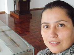 """Rosa María Vargas, Historiadora del Arte: Preparación y 1er. y 2do. día de montaje de la exposición """"Regata de valores en el mar de Grau"""", organizado por el Club de Regatas """"Lima"""" con la colaboración de la Marina de Guerra del Perú."""