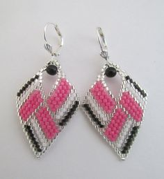 Seed Bead Leaf Earrings Copyright 2014 Patti Ann by pattimacs