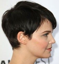 Layered Razor Hairstyles - Pictures of Layered Razor Haircut for Women
