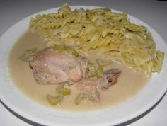 Celerová omáčka podle maminky Stew, Pork, Food And Drink, Meat, Chicken, Sauces, Kale Stir Fry, Pork Chops, Gravy