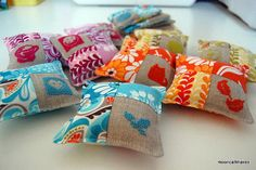 only this pic available..but good idea to replicate for small cushions