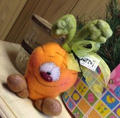 Primitive Raggedy Easter Spring Carrot Bunny Shelf Sitter 7in. Cute!! #Unbranded #ValentinesDay