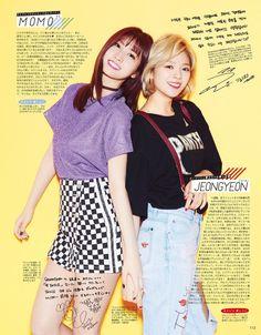 TWICE Momo and Jeongyeon